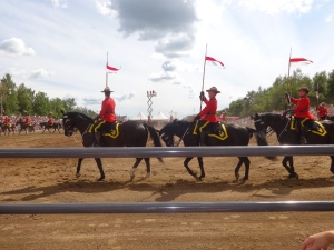Saint Lazare Festival au Galop RCMP musical ride.