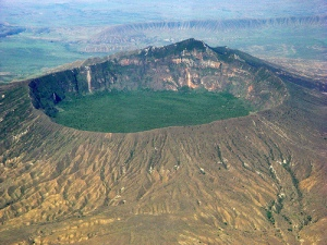 Mount Longonot in the Great Rift Valley of Kenya. Image courtesy of kenyahotelsltd.com